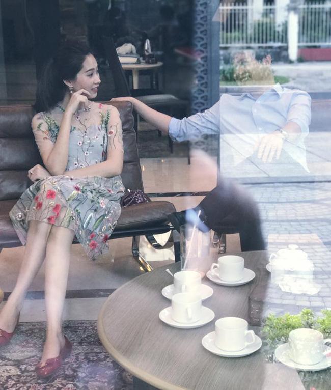 Thu Thảo - Trung Tín: một chuyện tình nhẹ nhàng từ cử chỉ đến phong cách thời trang đồng điệu khi sánh bước cùng nhau - Ảnh 6.