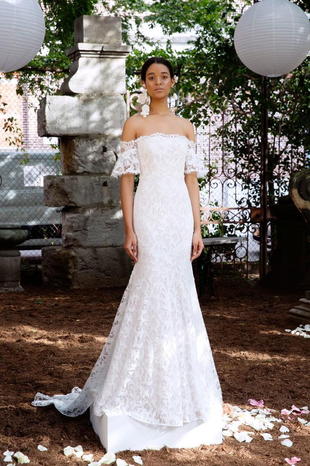 Nhìn lại 4 lần khoác lên mình bộ váy cưới và dự đoán chiếc váy mà Song Hye Kyo sẽ chọn mặc ngày 31 này  - Ảnh 11.