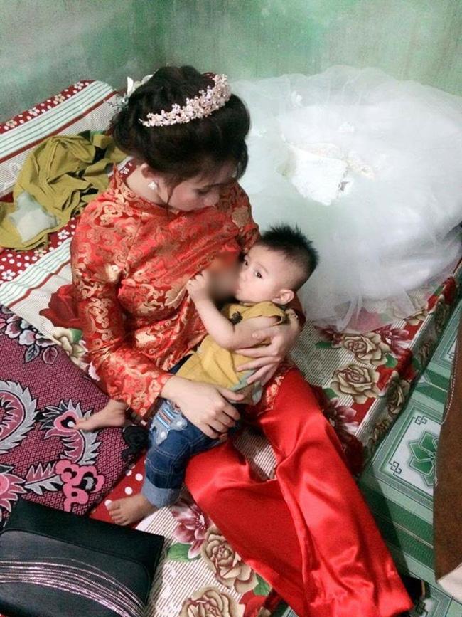 Chuyện hậu trường bất ngờ của cô dâu vừa mặc váy cưới vừa cho con bú gây sốt trên diễn đàn chị em - Ảnh 2.