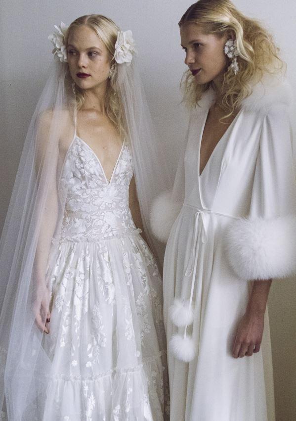Muốn gây ấn tượng trong ngày trọng đại, các cô dâu đừng bỏ qua 7 mẫu váy này - Ảnh 31.