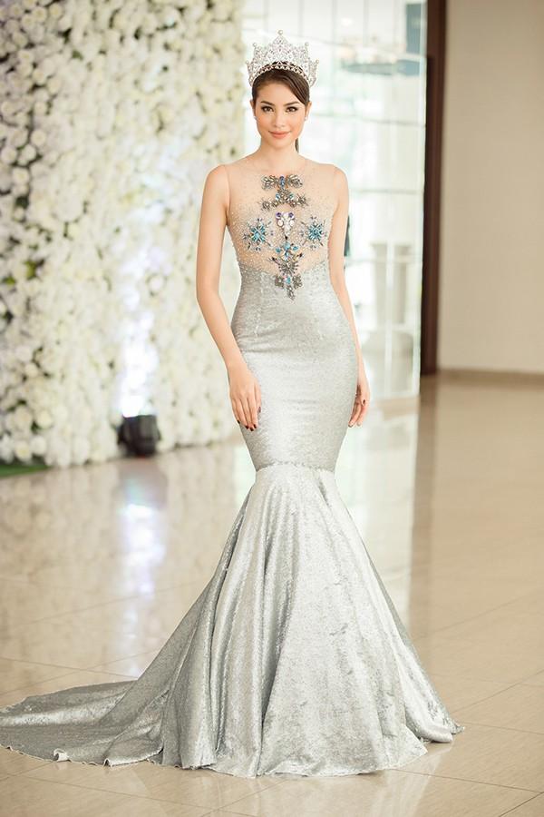 Phạm Hương và 3 phong cách hoàn toàn khác nhau từ The Face, Hoa hậu hoàn vũ 2017 đến The Look - Ảnh 9.