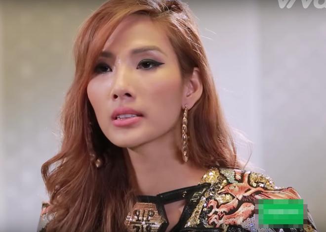 The Face Việt 2017: Đến HLV còn có lúc mặc xấu huống chi là các thí sinh dự thi - Ảnh 5.
