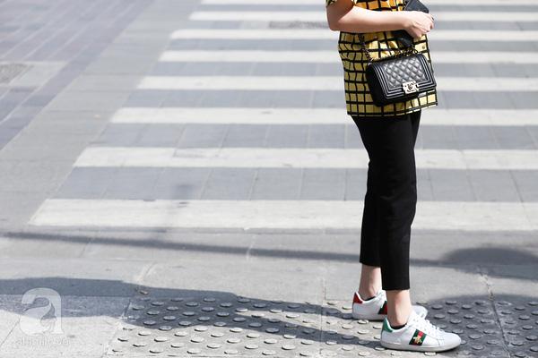 Xu hướng thời trang 2017: món đồ nào sẽ lên ngôi, món đồ nào sẽ dần hạ nhiệt - Ảnh 31.