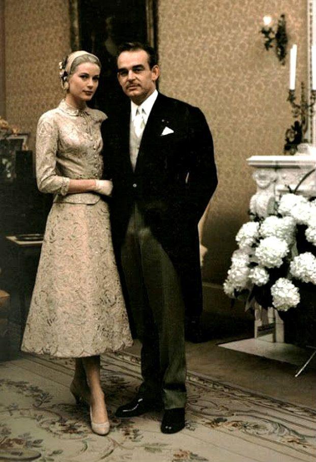 Điều bí ẩn gì đằng sau mẫu váy cưới Công nương Grace Kelly khiến cả thế giới sau 60 năm vẫn mê mẩn đến vậy - Ảnh 16.
