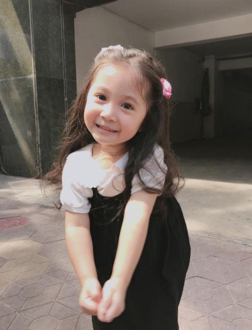 Đâu chỉ mỗi Hàn Quốc, ở Việt Nam có 4 cô nhóc này vừa xinh lại vừa mặc đẹp - Ảnh 1.