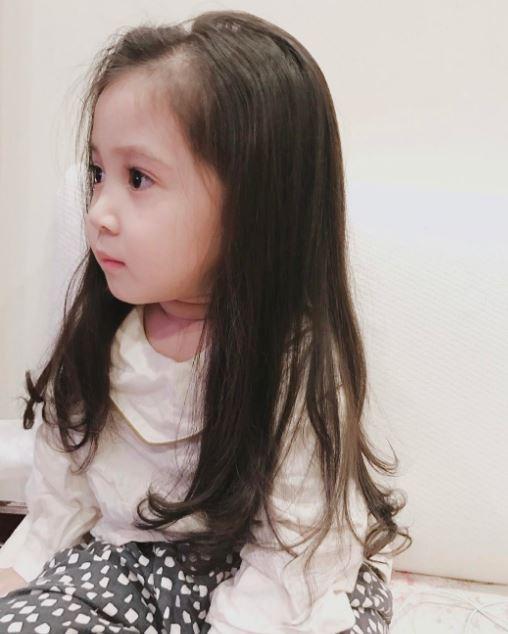 Đâu chỉ mỗi Hàn Quốc, ở Việt Nam có 4 cô nhóc này vừa xinh lại vừa mặc đẹp - Ảnh 2.