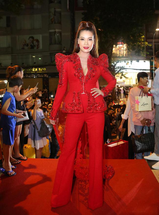Không chọn đúng nội y đã khiến kha khá sao Việt lọt top sao mặc xấu tháng 9 - Ảnh 2.