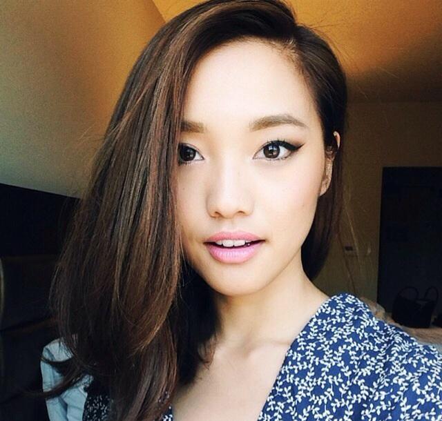 Muốn trang điểm đẹp chuẩn Hàn Quốc thì theo dõi ngay 5 cô nàng Beauty Blogger này - Ảnh 14.
