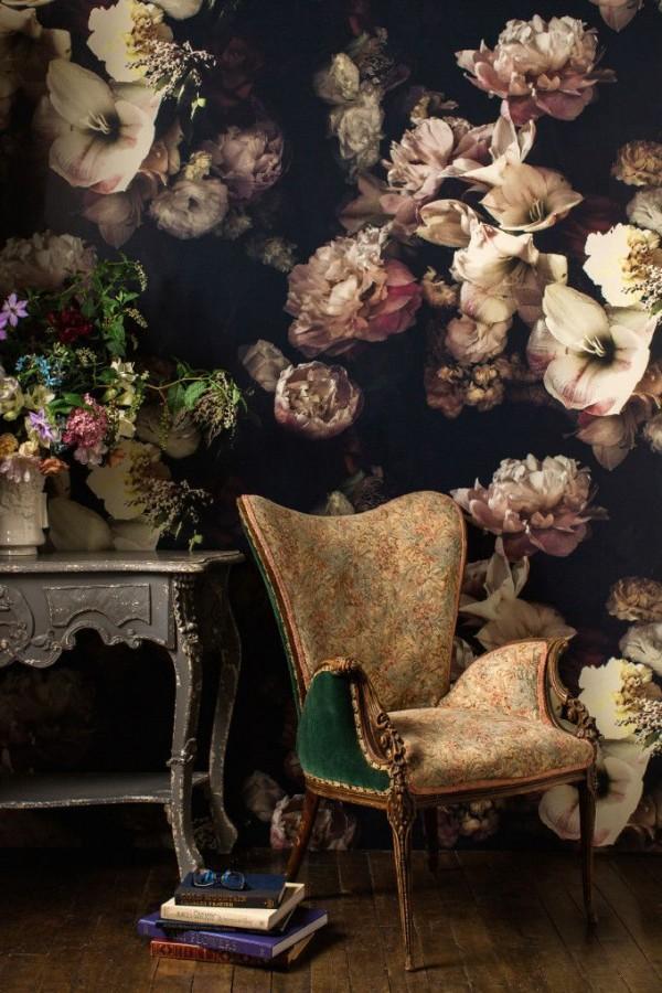 Cả ngôi nhà sẽ được F5 trong tích tắc nhờ trang trí bằng họa tiết hoa sẫm màu - Ảnh 19.