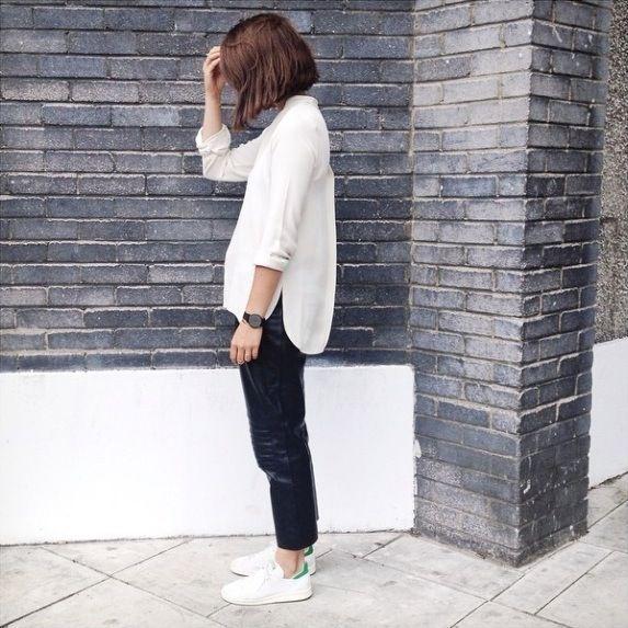 Dù ngoài kia có la liệt những thiết kế mới, thì phái đẹp vẫn luôn mê mệt 5 đôi sneaker này - Ảnh 23.