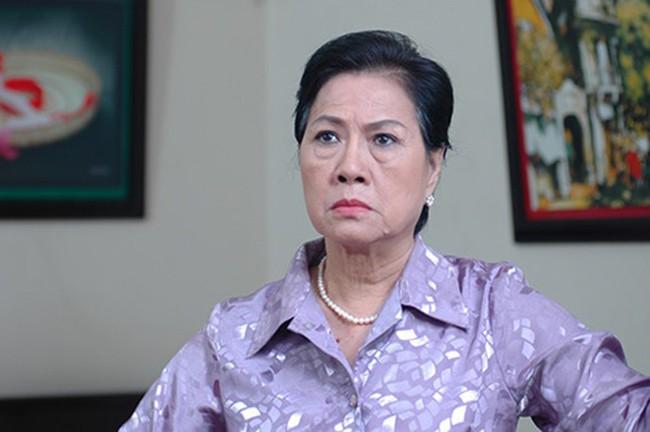 """Đây là 6 bà mẹ chồng của màn ảnh Việt khiến ai nấy đều hoảng hồn vì những """"mưu thâm kế độc"""" hành hạ con dâu - Ảnh 7."""