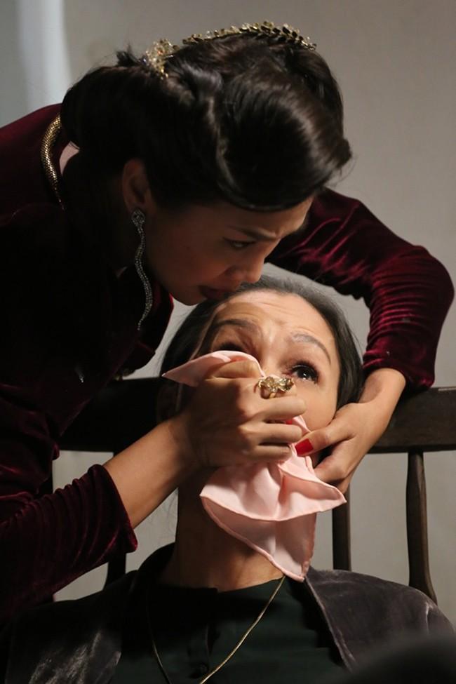 """Đây là 6 bà mẹ chồng của màn ảnh Việt khiến ai nấy đều hoảng hồn vì những """"mưu thâm kế độc"""" hành hạ con dâu - Ảnh 12."""