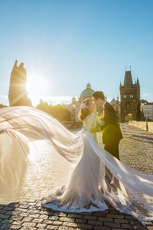 Cặp đôi Việt kiều Séc tỏ tình lãng mạn trên tuyết, chụp ảnh cưới hẹn hò trong… phòng giải phẫu - Ảnh 6.
