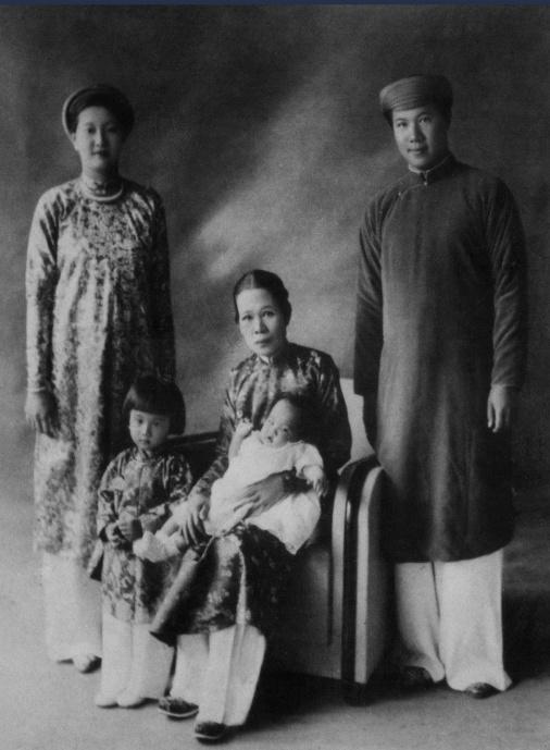 Hoàng thái hậu cuối cùng của triều Nguyễn: xuất thân nô tì, cả đời không được ở gần con cháu, chết trong cô độc - Ảnh 7.