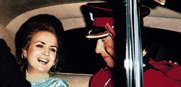 Ngoài Công nương Diana và người tình Camilla, Thái tử Charles còn có một phụ nữ rất xinh đẹp khác - Ảnh 2.