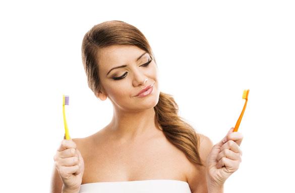 Dùng bàn chải đánh răng: Việc tưởng đơn giản nhưng có vô khối điều cần phải biết - Ảnh 4.