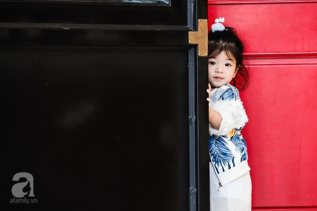 Bé Ella: cô nhóc 2 tuổi với phong cách đẹp miễn bàn nhờ diện đồ mẹ tự thiết kế - Ảnh 18.