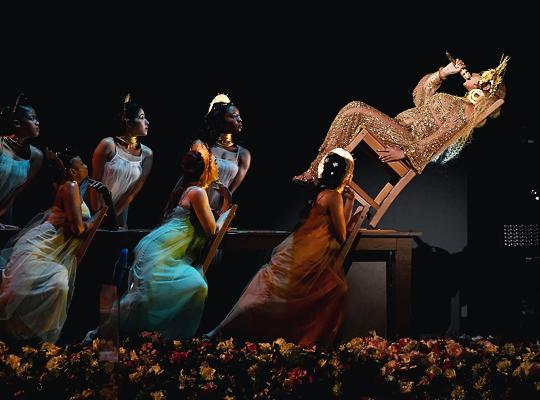 Khoảnh khắc đáng nhớ nhất Grammy 2017: Adele bẻ kèn, Katy Perry chế nhạo Britney Spears? - Ảnh 6.