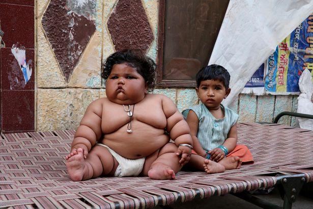 Bé gái mới 8 tháng tuổi khiến bác sĩ sốc khi kiểm tra sức khỏe - Ảnh 6.