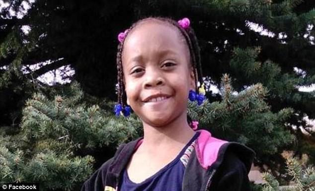 Sau khi nhìn thấy đoạn video trên mạng xã hội, bé gái 10 tuổi đã treo cổ tự tử - Ảnh 1.