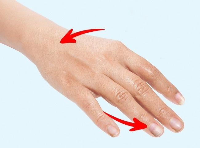 7 triệu chứng của bệnh tuyến giáp bạn không được bỏ qua - Ảnh 5.