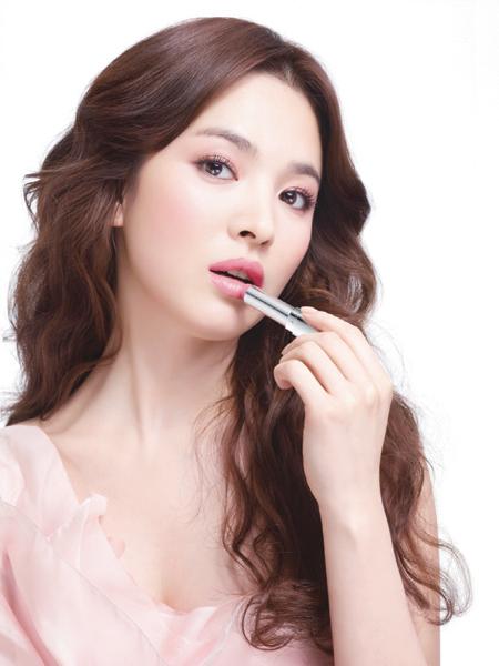 Bí quyết trẻ đẹp như thời thanh xuân của Song Hye Kyo, đơn giản đến mức ai cũng học được - Ảnh 6.