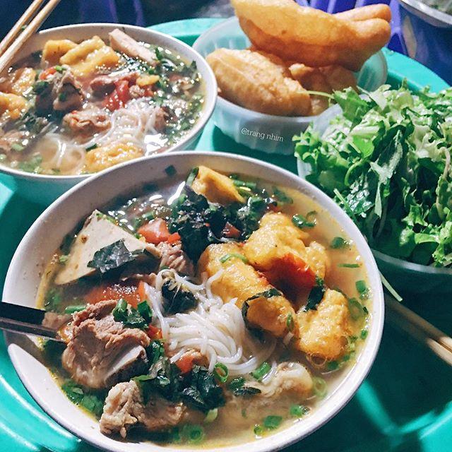 Mách bạn 8 quán ăn ngon, mở bán sớm để giải ngấy cỗ Tết ở Hà Nội - Ảnh 1.