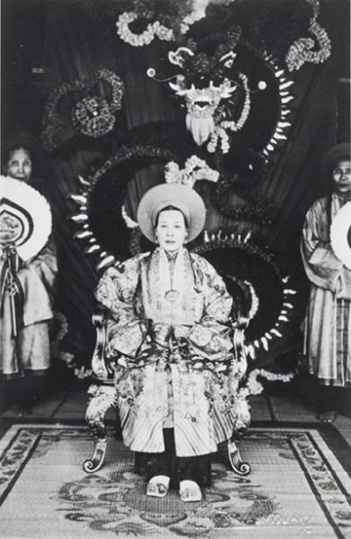 Hoàng thái hậu cuối cùng của triều Nguyễn: xuất thân nô tì, cả đời không được ở gần con cháu, chết trong cô độc - Ảnh 4.