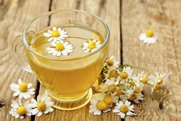 Những lợi ích sức khỏe to đùng của hoa cúc - Ảnh 2.