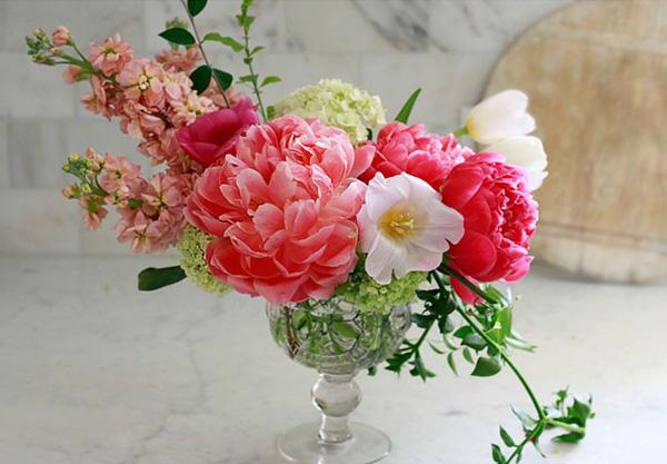 4 cách cắm hoa trang trí nhà đẹp mê mẩn - Ảnh 9.