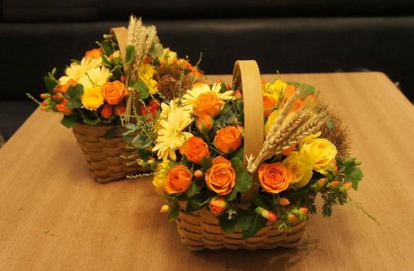 20/11 không cần ra tiệm vì đã có 5 cách gói hoa vừa đẹp vừa đơn giản này - Ảnh 4.