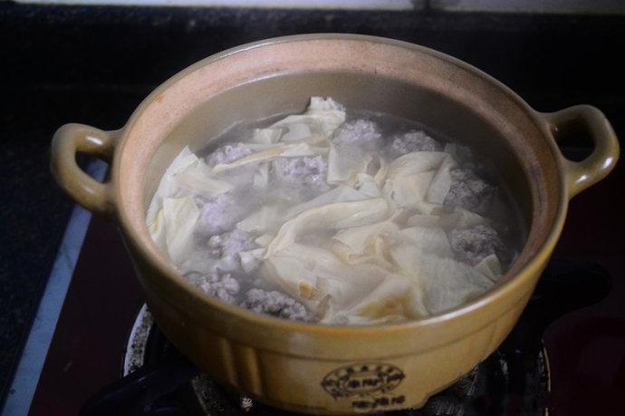 Canh thịt viên nấu váng đậu đơn giản cho bữa tối - Ảnh 5