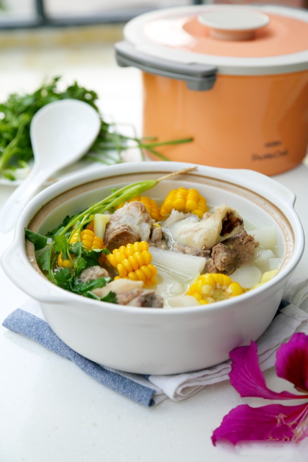 Canh xương nấu rau củ món đơn giản mà ngon cho bữa cơm ngày nóng - Ảnh 5.