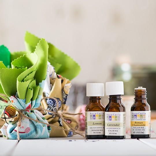 4 loại tinh dầu giúp tăng tối đa hiệu quả dưỡng ẩm cho làn da khô nứt nẻ trong mùa lạnh  - Ảnh 4.