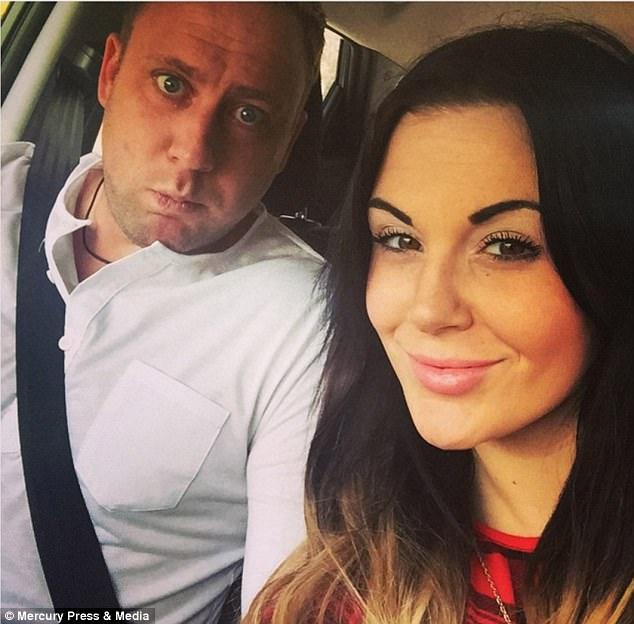 Để chồng chết trên ghế sofa sau một lần giận dỗi, 2 tháng sau vợ yêu em chồng vì lý do chẳng ai ngờ - Ảnh 1.