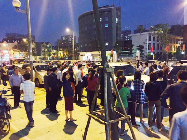 Hà Nội: Chủ đầu tư chặn hầm, không cho ô tô vào chung cư Hồ Gươm Plaza khiến giao thông tắc nghẽn - Ảnh 11.