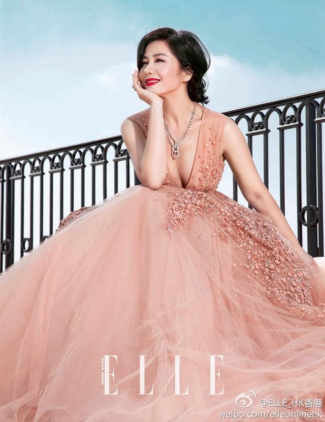 Chung Sở Hồng: Từ cô đào Hong Kong nóng bỏng giải nghệ để làm vợ đại gia đến góa phụ quyến rũ - Ảnh 20.