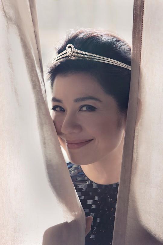 Chung Sở Hồng: Từ cô đào Hong Kong nóng bỏng giải nghệ để làm vợ đại gia đến góa phụ quyến rũ - Ảnh 21.