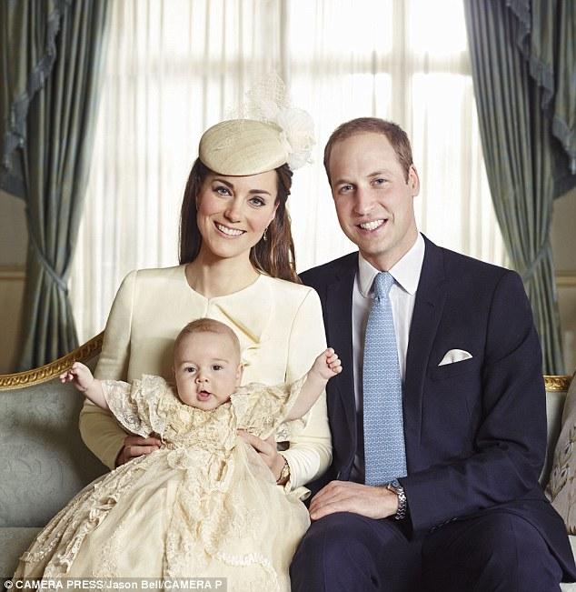 Giống nhiều bà mẹ khác, công nương Kate cũng thích mặc đồ tông xuyệt tông với con mình - Ảnh 5.
