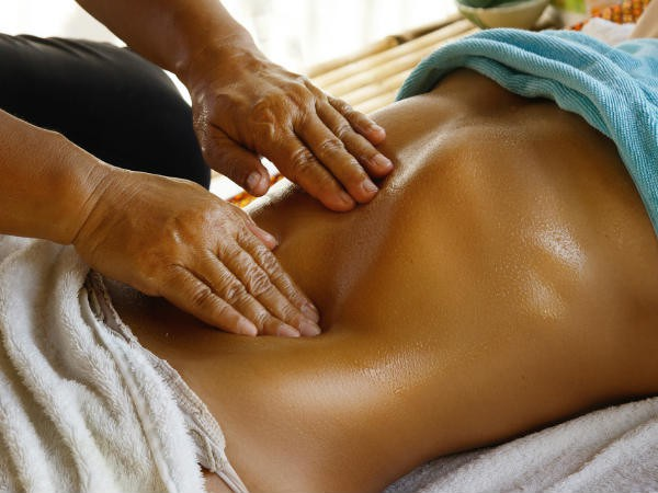 Masage bằng loại dầu quen thuộc này sẽ giúp giảm béo bụng, sở hữu bụng phẳng chỉ trong vài tuần! - Ảnh 3.
