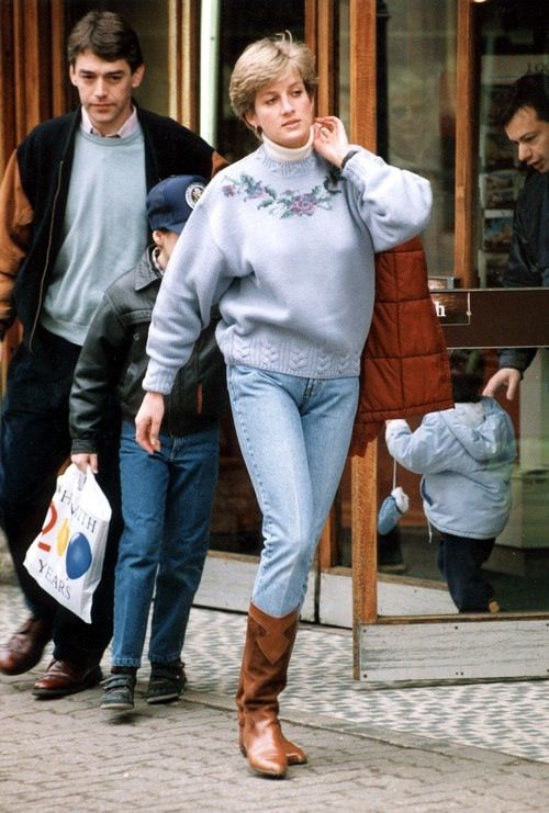 Đẹp như công nương Diana thì chỉ mặc quần jeans cũng xuất sắc hơn người - Ảnh 10.