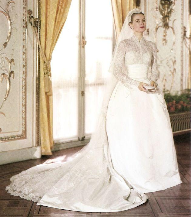 Điều bí ẩn gì đằng sau mẫu váy cưới Công nương Grace Kelly khiến cả thế giới sau 60 năm vẫn mê mẩn đến vậy - Ảnh 1.