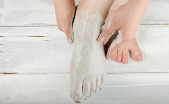 Thải độc qua gan bàn chân cực đơn giản chỉ với 3 nguyên liệu, tăng cường sức khỏe, da dẻ hồng hào - Ảnh 2.