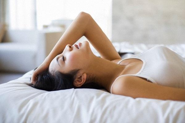 Ba lần vẫn rơi vào bẫy (P3): Khi tỉnh dậy, tôi thấy bên cạnh là người chồng bị tôi ruồng bỏ - Ảnh 2.