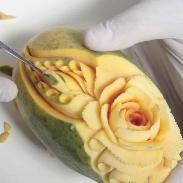 Nghệ sĩ tài ba biến rau quả thành tác phẩm điêu khắc thu hút mọi ánh nhìn - Ảnh 15.