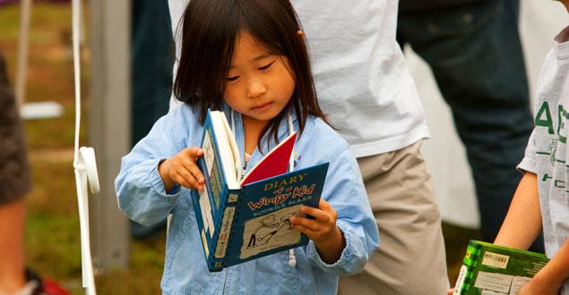 Học người Mỹ cách dạy trẻ yêu thích đọc sách - Ảnh 2.