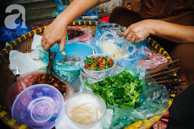 Hàng nộm bò khô không tên phố Gầm Cầu khiến người Hà Nội nghiện suốt 30 năm - Ảnh 5.