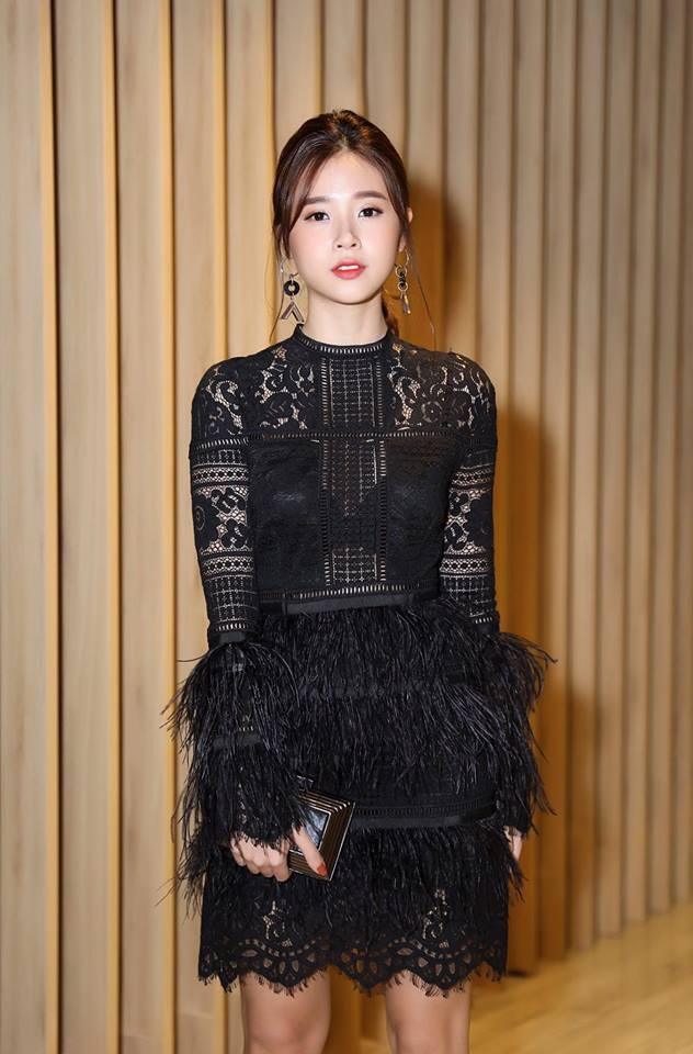 Điểm chung giữa phong cách thời trang và nhan sắc của Midu và tình mới Phan Thành - Ảnh 14.