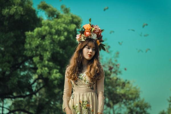 Vừa ra mắt, nhưng 2 MV ca nhạc này đã cân cả showbiz Việt về khoản đầu tư trang phục - Ảnh 18.