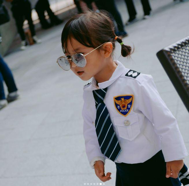 Đến tuần lễ thời trang Seoul, bạn sẽ chết mê với loạt street style chất lừ của các nhóc tì - Ảnh 7.